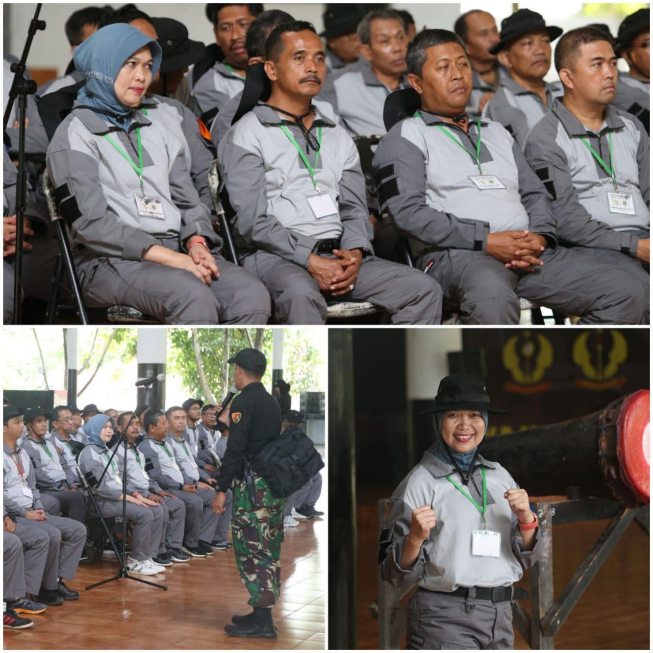 Selama latihan menerima materi kepemimpinan dari Kapolda Banten, Kanwil Hankam, Danrem 064 MY, Dan Grup 1 Kopassus