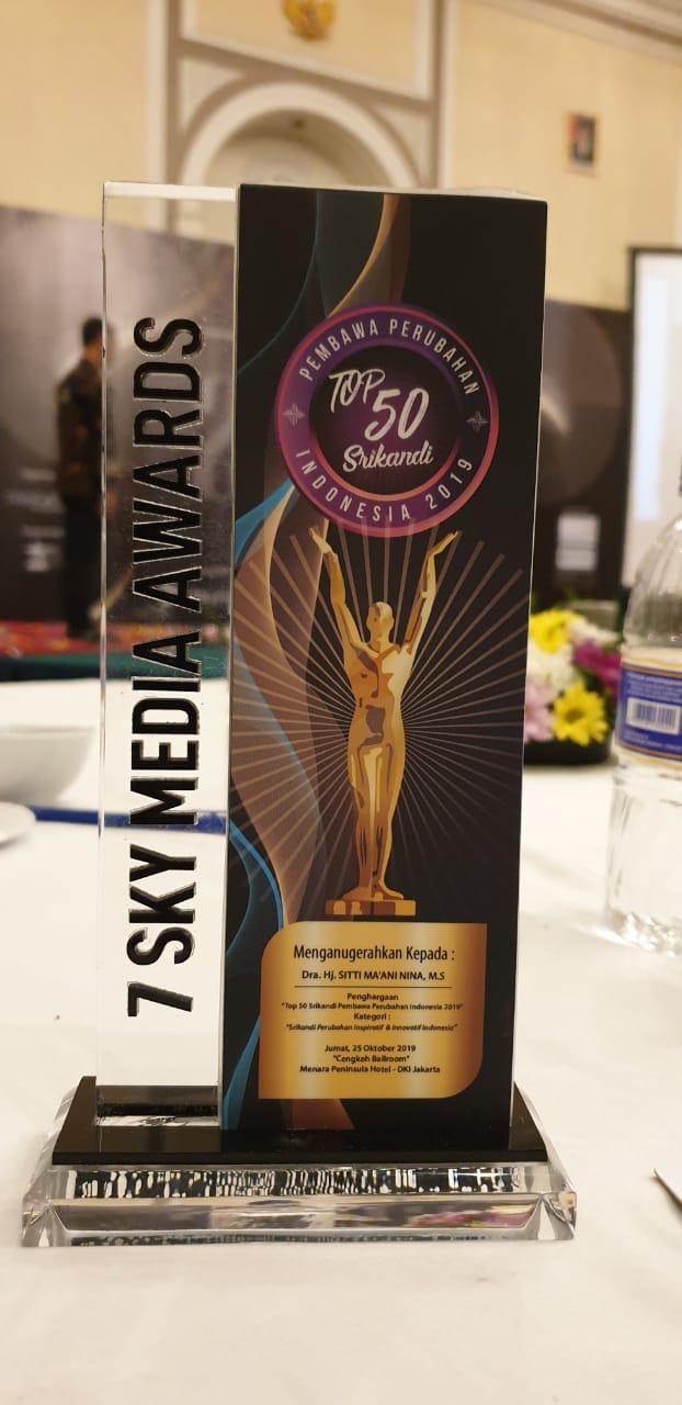 Anugerah penghargaan 50 Top Srikandi Pembawa Perubahan Indonesia 2019