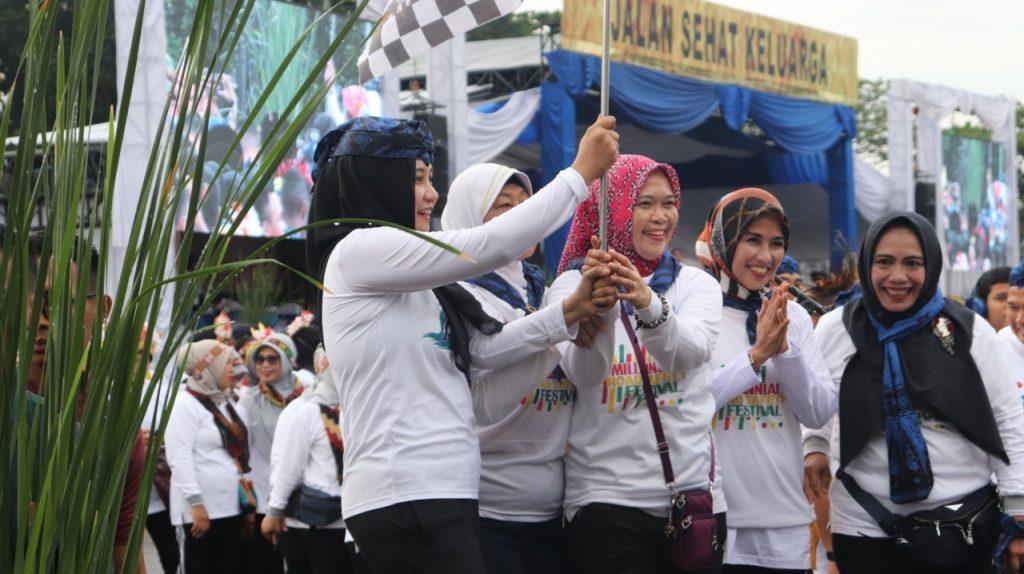 Jalan Sehat Keluarga Dalam Rangka Hari Ibu ke 91 Tahun 2019 Provinsi Banten